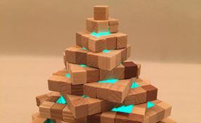 モザイクブロックのやさしいツリーランプ